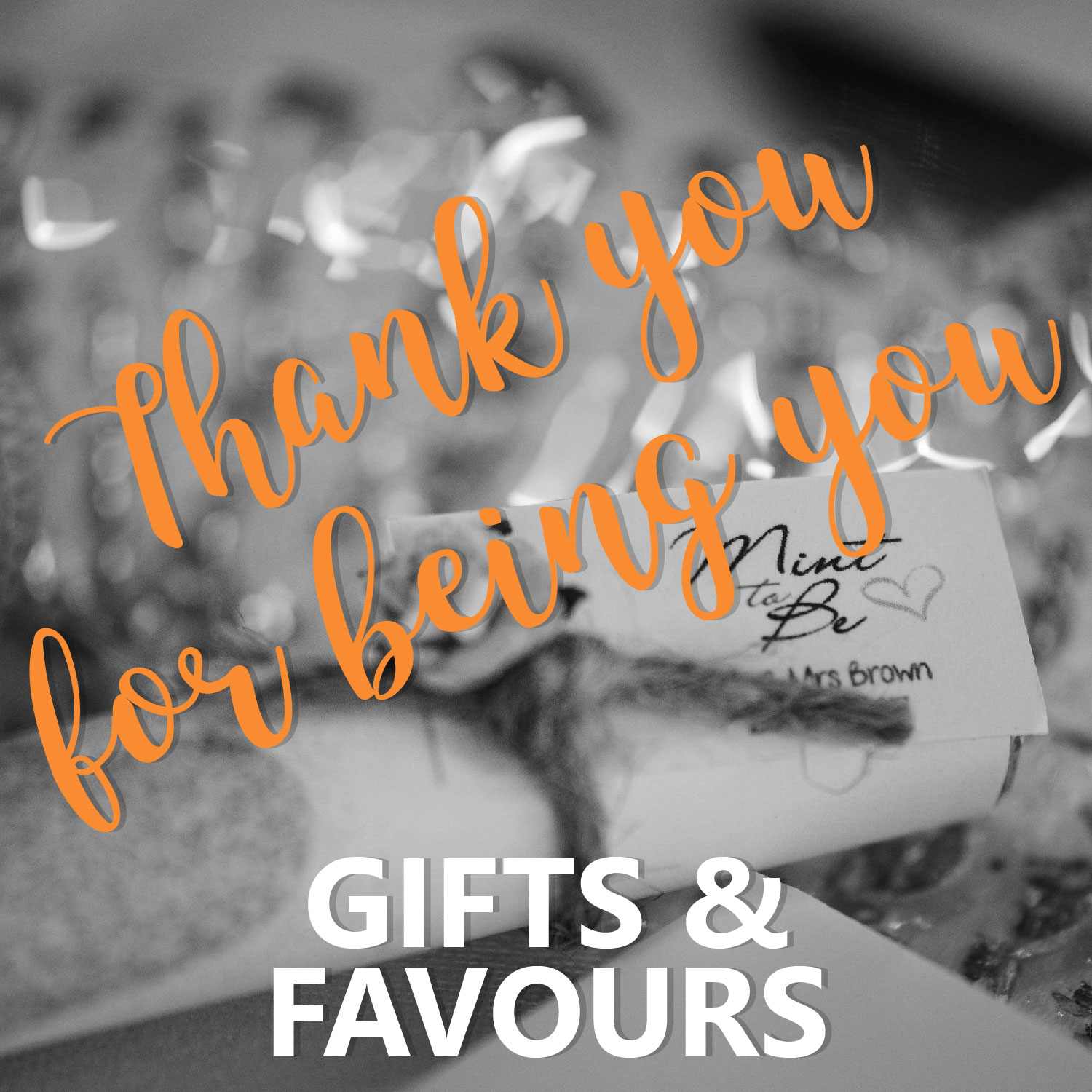 12 GIFTS FAVOURS - Gifts & Favours